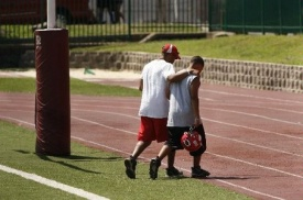 Youth football coaches must encourage players to feel good about their contributions